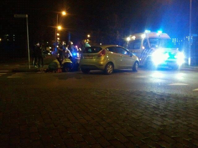 Scooter flink beschadigd na aanrijding met auto