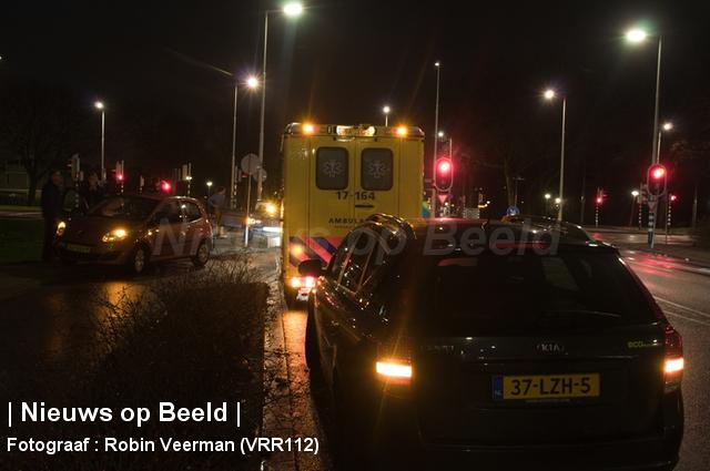 Fietser gewond na aanrijding met personenauto Grote Kreek