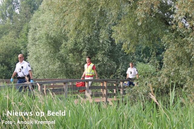 Jongen valt uit boom Dijkgraafstraat Delfgauw