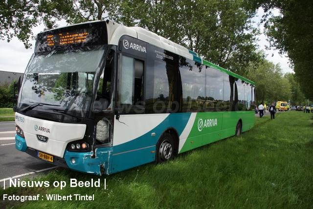 Ongeval met lijnbus Nieuwe Hoefweg – N209 Benthuizen