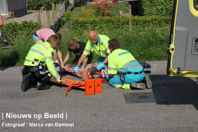 Wielrenner gewond na botsing met auto Tentweg Stolwijk