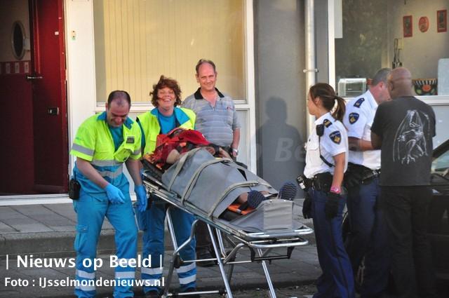 Man gewond na val van gallerij Erfdijk Rotterdam