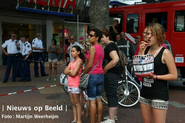 Bioscoop en winkels ontruimd door gaslucht Veerplein Vlaardingen