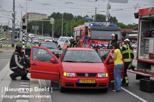 Automobilist gewond na noodstop Cannenburchstraat Rotterdam