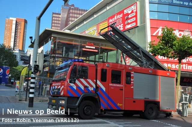 Brandje in frituurpan bij Febo Binnenwegplein Rotterdam
