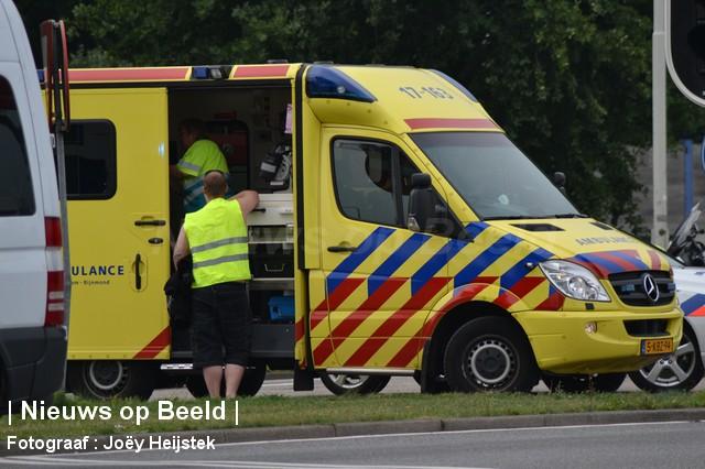 24-08-13-Hoofdweg-Capelle-Aanrijding-Beknelling05.jpg