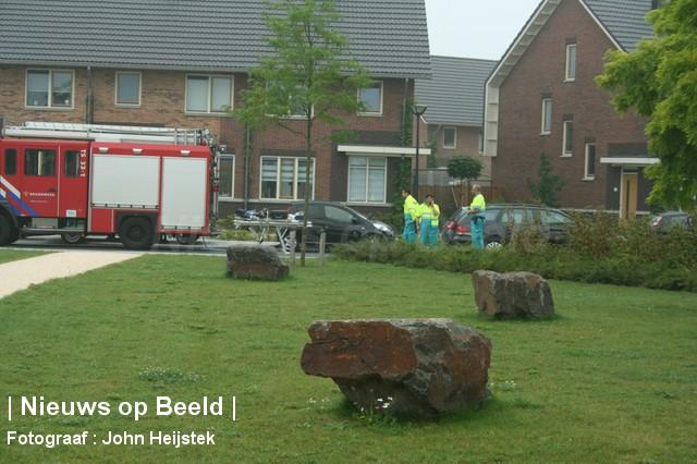 25-08-13-Onacklaan-Capelle-Explosief-foto04.jpg