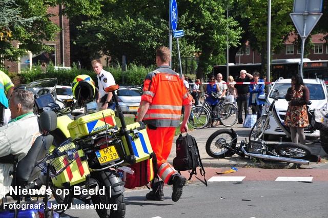 27-08-13-GroeneHilledijk-Rotterdam-Aanrijding-Ernstig4.jpg