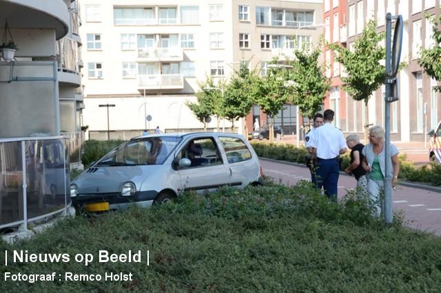 28-08-13-Gorsstraat-Spijkenisse-Balkon-Aanrijding1.jpg