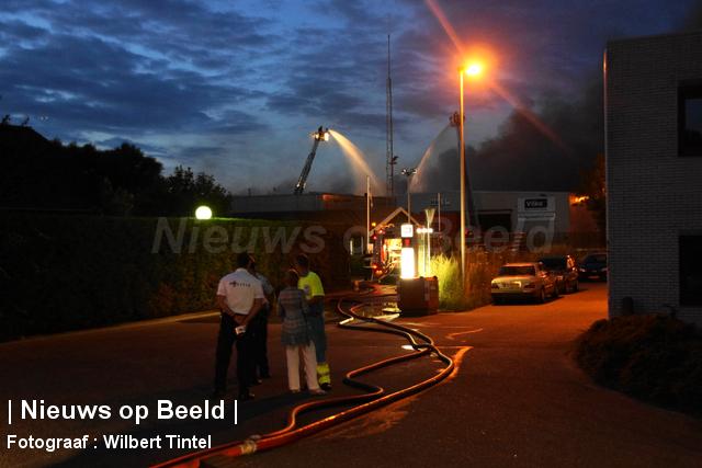 foto-wilbert-tintel-zeergrotebrand-achthovenerweg-leiderdorp-19-08-13-08.jpg