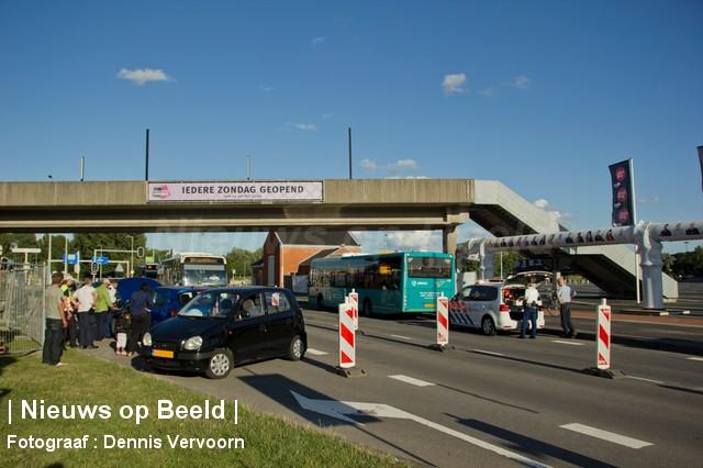19-08-13-Zuiderparkweg-Rotterdam-Aanrijding4.jpg