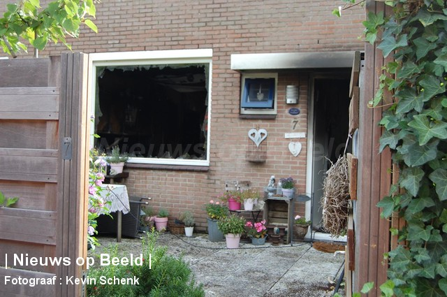 01-09-13-Schokker-Barendrecht-Woningbrand6.jpg