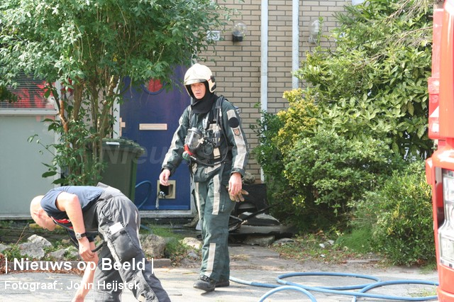04-09-13-Corneliskraanstraat-Rotterdam-Middelbrand07.jpg