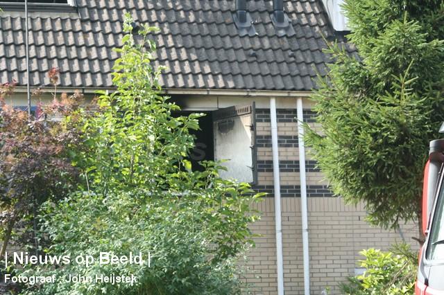 04-09-13-Corneliskraanstraat-Rotterdam-Middelbrand17.jpg