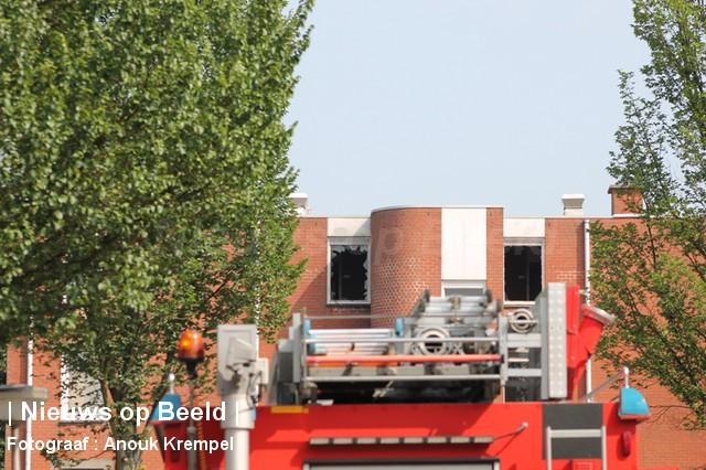 04-09-13-Reinierdegraafweg-Delft-Grotebrand5.jpg