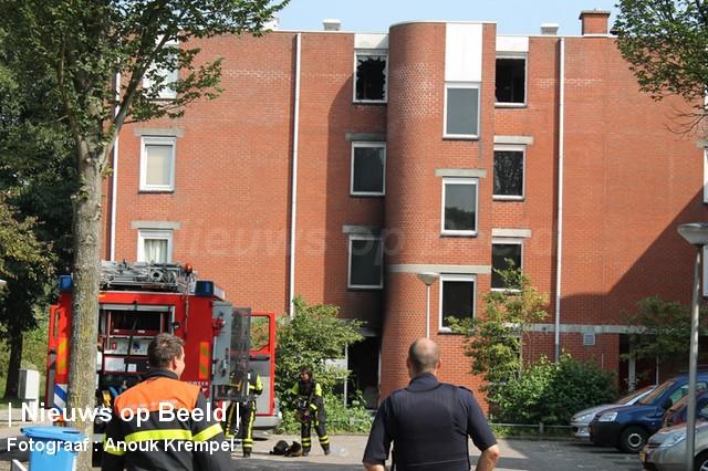 04-09-13-Reinierdegraafweg-Delft-Grotebrand7.jpg