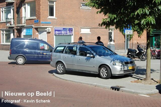 05-09-13-FransBekkerstraat-Rotterdam-Aanrijding4.jpg