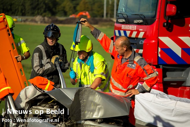 07-09-13-Maassluisedijk-vlaardingen-ongeval-2.jpg