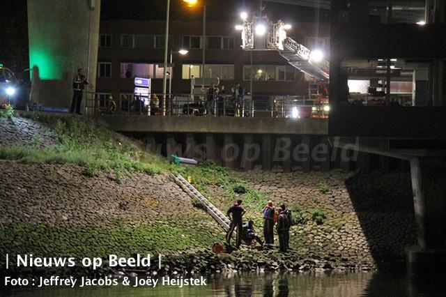 07-09-13-maashaven-waterongeval-3.jpg