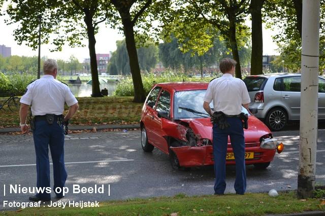 08-09-13-Prinsenlaan-Rotterdam-Aanrijding-Eenzijdig1.jpg
