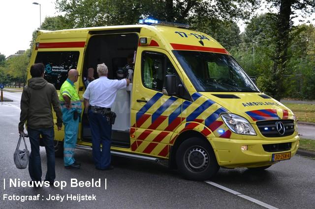 08-09-13-Prinsenlaan-Rotterdam-Aanrijding-Eenzijdig6.jpg