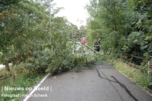 10-09-13-Welhoeksedijk-Poortugaal-HVWindschade1.jpg