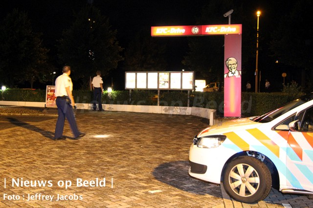 11-09-13-capelseplein-mogelijke-schietpartij-1.jpg