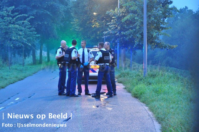 12-09-13-steekpartij-enk-rotterdam-2.jpg