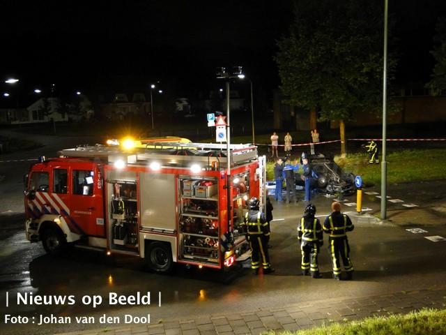 12-09-13-weeskinderendijk-dordrecht-achtervolging-ongeval-1.jpg