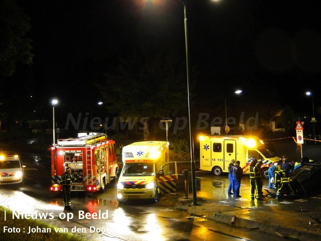 12-09-13-weeskinderendijk-dordrecht-achtervolging-ongeval-2.jpg
