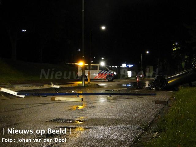 12-09-13-weeskinderendijk-dordrecht-achtervolging-ongeval-5.jpg