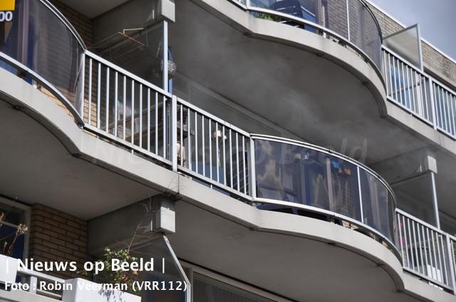 15-09-13-vrouw-brand-gewond-lenteakker-spijkenisse-1.jpg