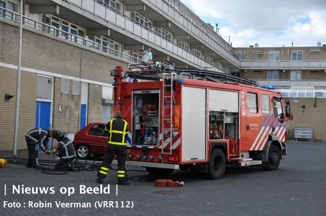 15-09-13-vrouw-brand-gewond-lenteakker-spijkenisse-3.jpg
