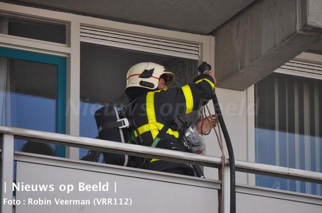 15-09-13-vrouw-brand-gewond-lenteakker-spijkenisse-4.jpg