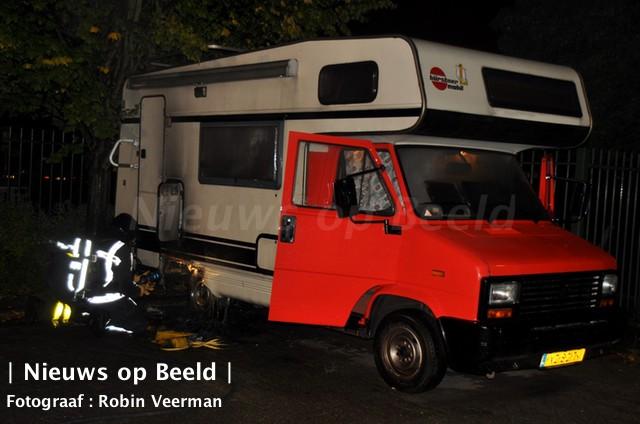 17-09-13-brand-camper-kraanvogelhoek-spijkenisse-1.jpg
