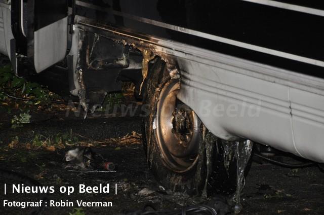 17-09-13-brand-camper-kraanvogelhoek-spijkenisse-3.jpg