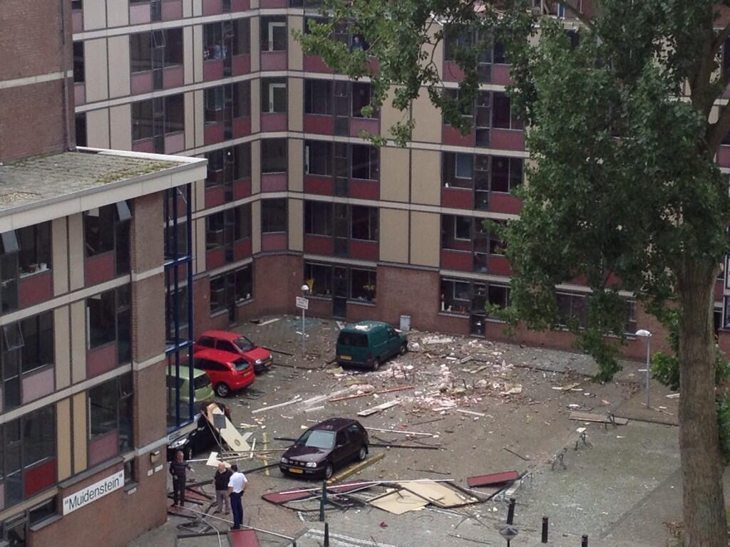 Dode door explosie in woning genemuidenstraat den haag for Bureau 13 den haag