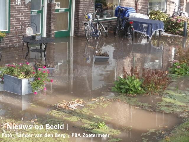 23-09-13-wateroverlast-stompwijk-5.jpg