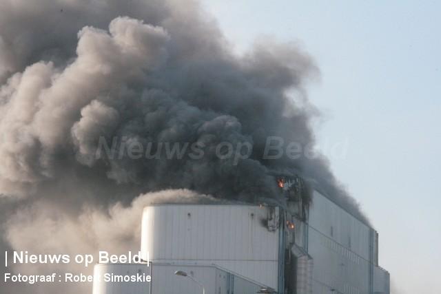 30-09-13-Brielselaan-Rotterdam-Grotebrand109.jpg