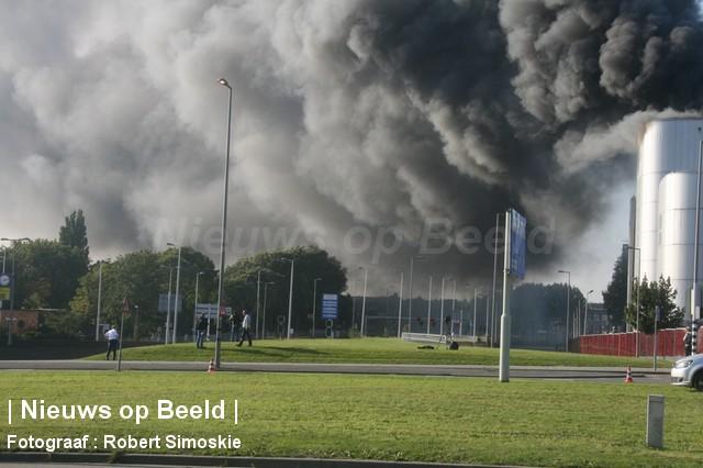 30-09-13-Brielselaan-Rotterdam-Grotebrand111.jpg