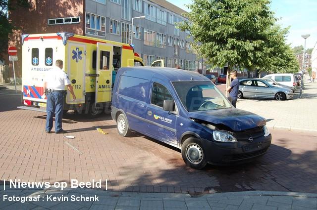 05-09-13-FransBekkerstraat-Rotterdam-Aanrijding2.jpg