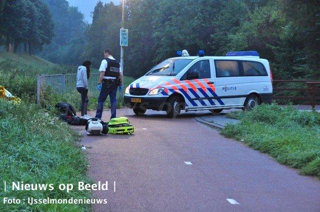 12-09-13-steekpartij-enk-rotterdam-1.jpg