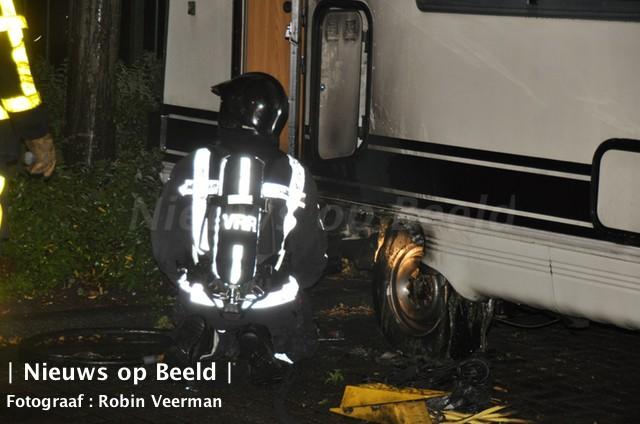 17-09-13-brand-camper-kraanvogelhoek-spijkenisse-2.jpg