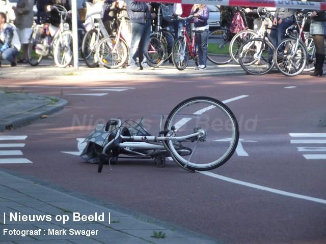 01-10-PresidentRooseveltweg-Rotterdam-Aanrijding3.jpg