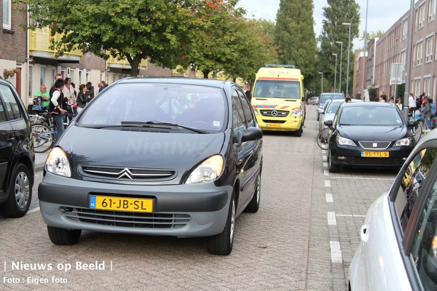 04-10-13-meester-arendstraat-rotterdam-ongeval-2.jpg