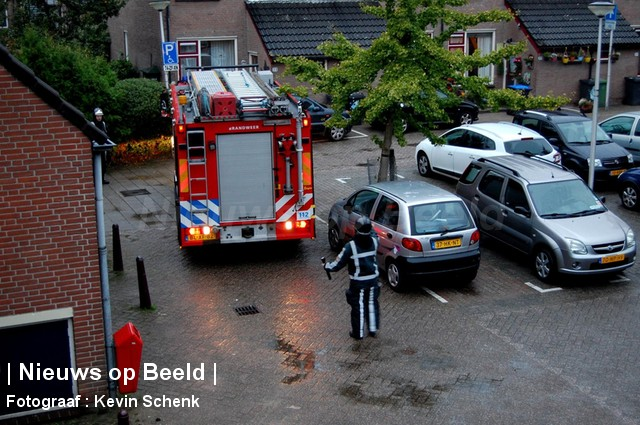 11-10-13-AnthonyvanHobokenstraat-Rhoon-Brandgerucht1