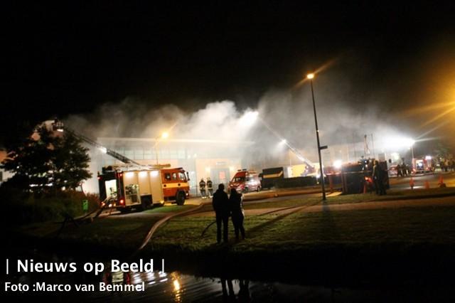 11-10-13-zeergrotebrand-noordwijkerhout-02