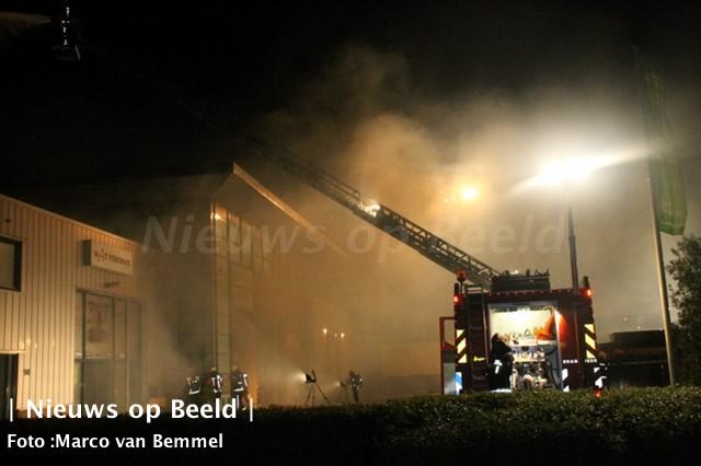 11-10-13-zeergrotebrand-noordwijkerhout-03