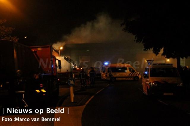 11-10-13-zeergrotebrand-noordwijkerhout-09