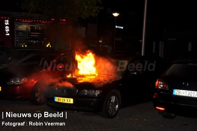 19-10-13-Dragondonk-Spijkenisse-Brand-voertuig1